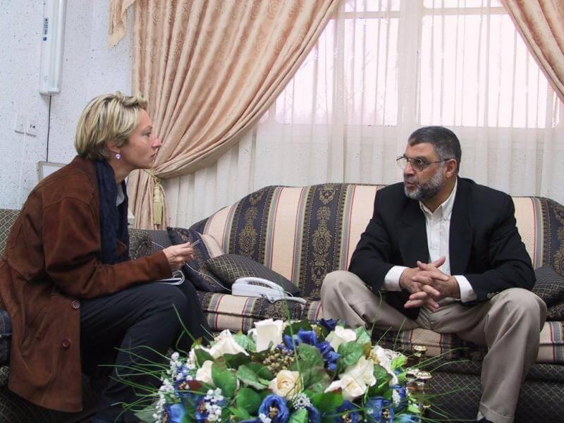 Annette Grossbongardt of Der Spiegel interviewsAbdel Azziz Rantissi