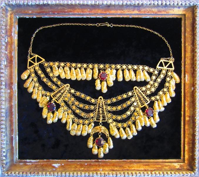 ענק זהב שיוסי ג'ינו קיבל ממולא מוסטפא ברזאני