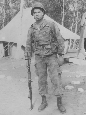 יוסי ג'ינו חייל