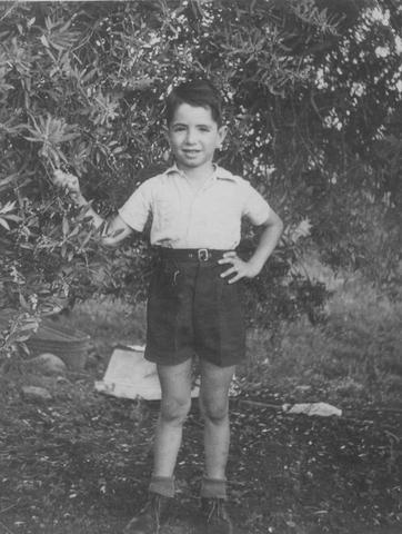 יוסי ג'ינו בגיל 5