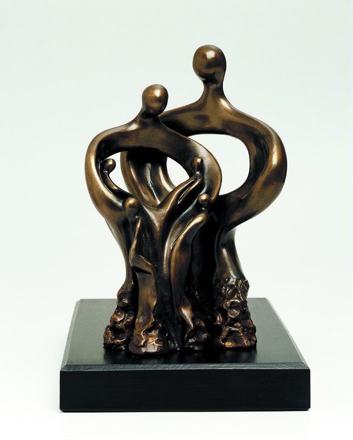 24. Family  | Bronze | 35x20 cm. 14x8 in.
