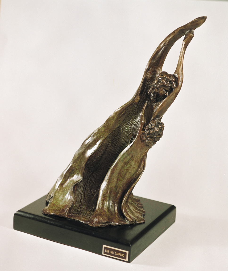 04. Embrace  | Bronze | 50x27 cm. 20x11 in.